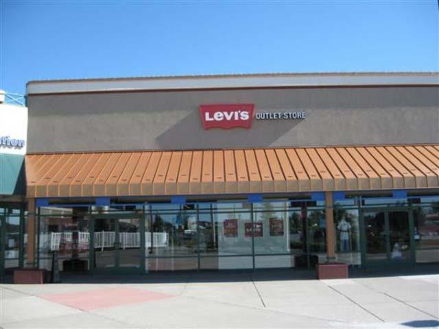 Albertville at Albertville Premium Outlets